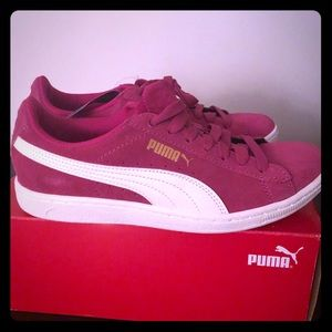 Puma Suede Classic Women's Sneakers - Magenta NEW